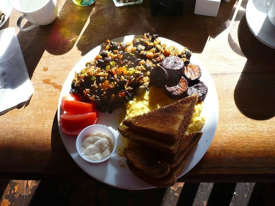 Poas Lodge and Restaurant : breakfast