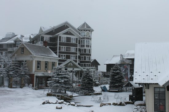 Allegheny Springs Condos at Snowshoe Mountain: View of the condos from the slopes.