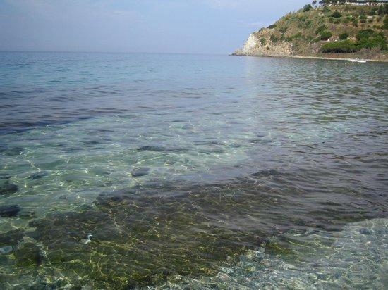 Villaggio Santa Maria: Mare cristallino