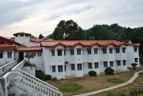 KMVN (Kumaon Mandal Vikas Nigam) Tourist Rest House: KMVN Lodge