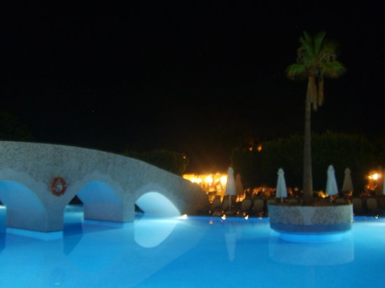 Club Grand Side: Pool at hotel resort during night