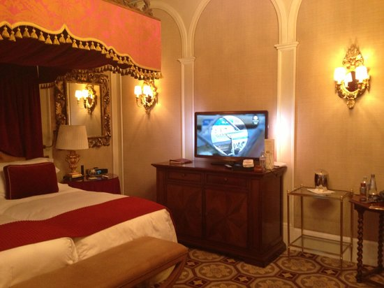 The St. Regis Florence: Tv