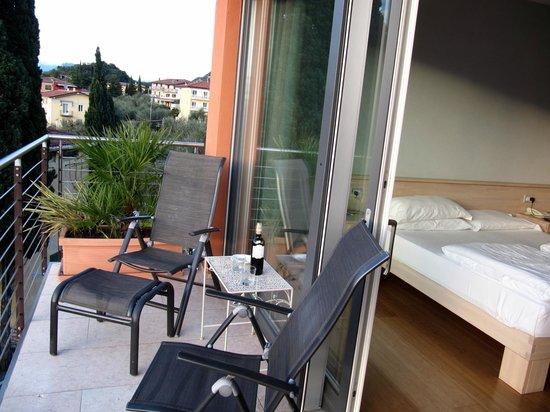 Hotel Ariston: Balcony view - eco room