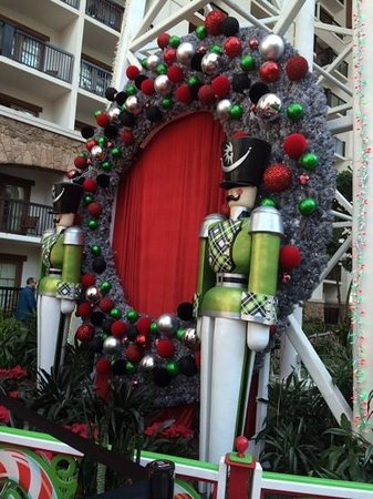 Gaylord Texan Resort & Convention Center: Christmas Decorations