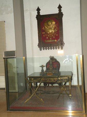 Militärmuseum (Harbiye Askeri Müzesi): Worktable of Sultan Abdul Hamid