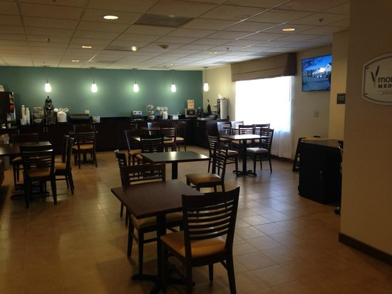 Sleep Inn & Suites Monticello: Breakfast Room
