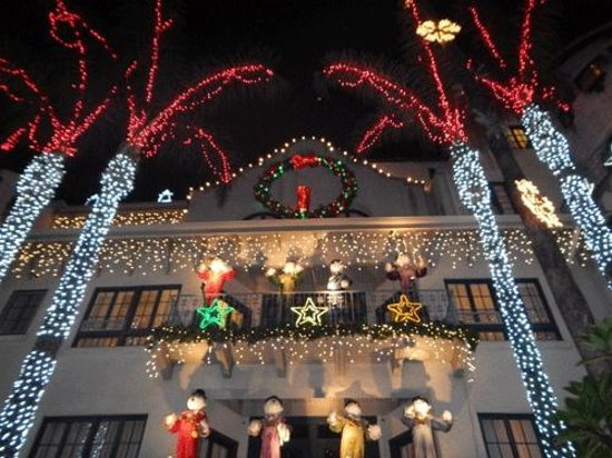 The Mission Inn Hotel and Spa: Holiday Lights
