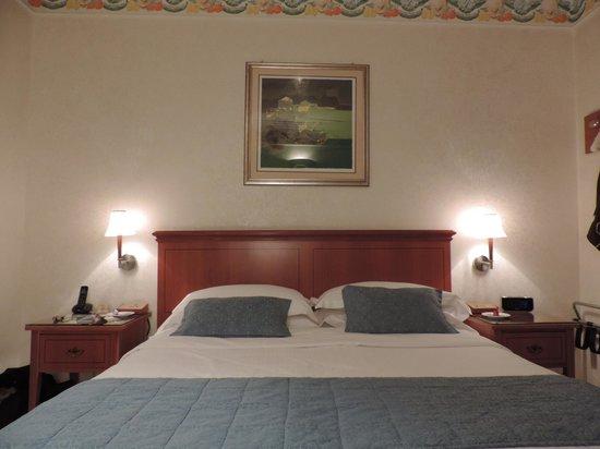 Bagno foto di best western hotel firenze verona for Bel soggiorno genova