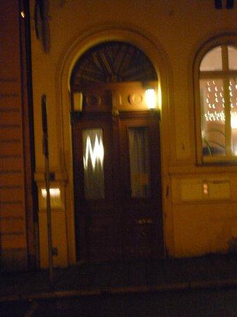 Hotel Engel: Eingang von Außen