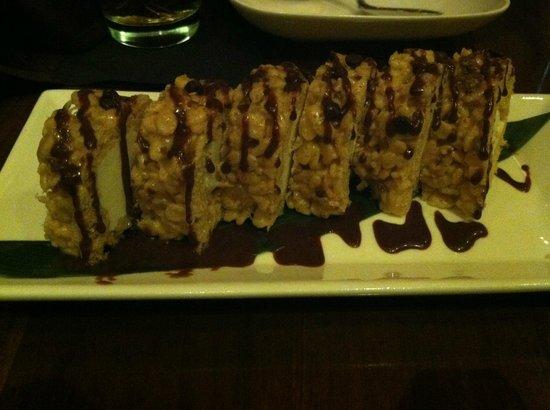 "Izakaya in Borgata Hotel: Fun Dessert ""Sushi"""