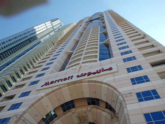 Dubai Marriott Harbour Hotel Suites View From Outside