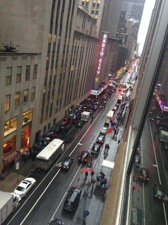 Club Quarters Hotel, opposite Rockefeller Center: Great Location