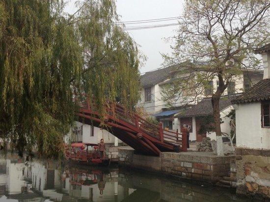 Miki Tours: Water village