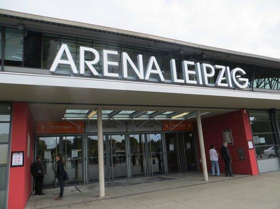 Red Bull Arena: Entrada 1