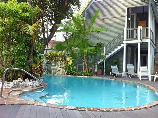 The Cabana Inn Key West: small but nice pool area