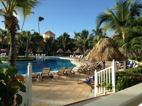Luxury Bahia Principe Ambar Blue Don Pablo Collection: pool - view from snack bar