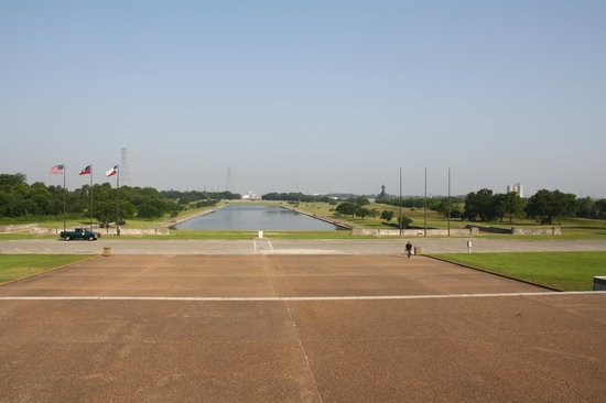 San Jacinto Battleground State Historic Site: A view from the base of the monument
