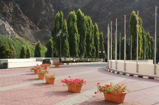 Al Bustan Palace, A Ritz-Carlton Hotel: The entrance way