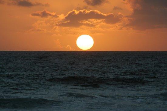 Kauai Beach Villas: Sensational Seaside Sunrise