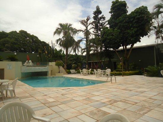 Turrance Green Hotel : Piscina