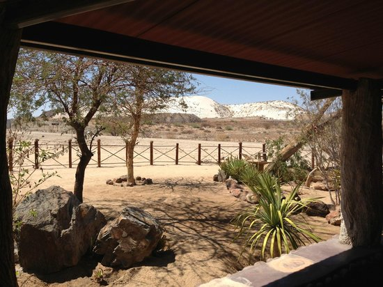 Khorixas, Namibia: Shady spot to relax and stretch you legs!