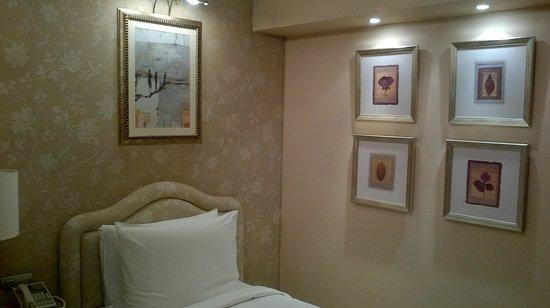 Kempinski Nile Hotel Cairo: Camera dell'hotel