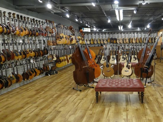 Gruhn Guitars  Nashville