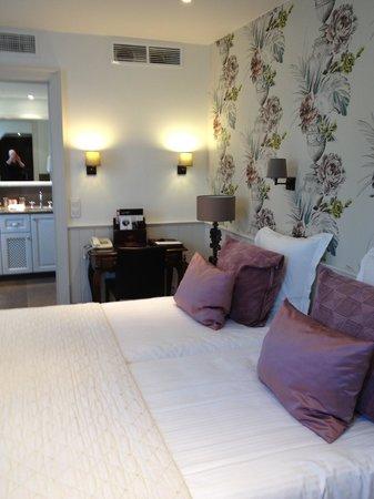 Hotel Prinsenhof Bruges : Lovely large room