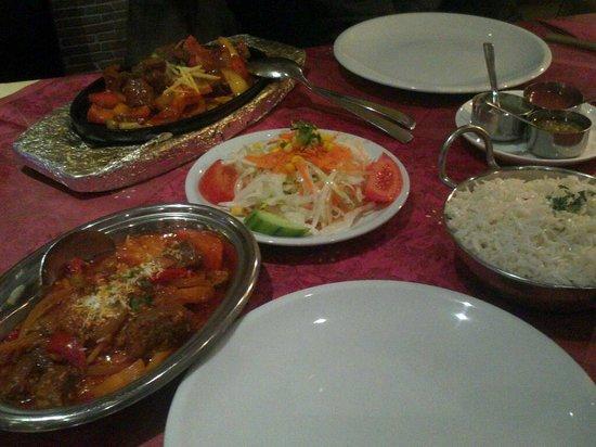Indisches Restaurant Maharadscha: sehr ansprechend angerichtet und es hat sehr gut geschmeckt