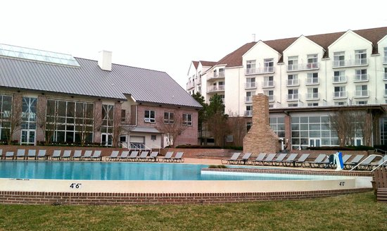 Hyatt Regency Chesapeake Bay Golf Resort, Spa & Marina : Large pool of resort hotel