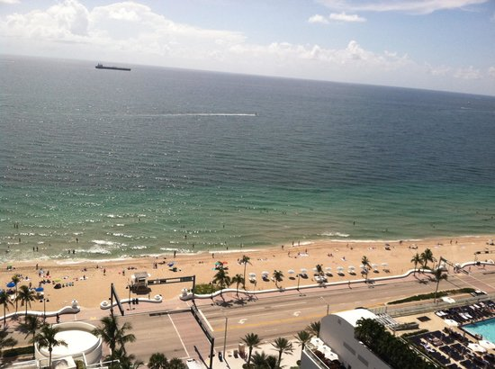 Hilton Fort Lauderdale Beach Resort: Great view!!