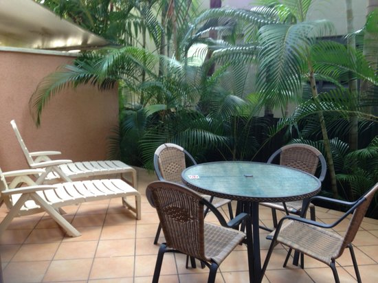 Martinique on Macrossan: Private courtyard