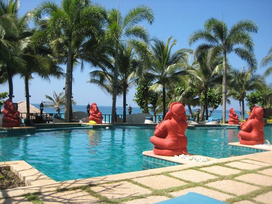 Andaman White Beach Resort: Pool view