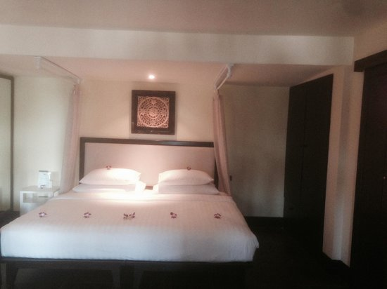 Andaman White Beach Resort: Room