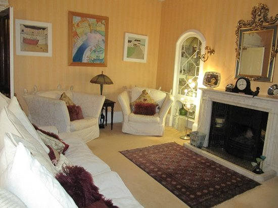 Trafford Bank Guest House : Common Area