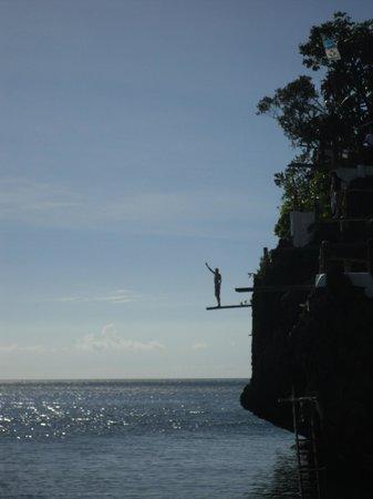 Ariel's Point: Final jump...
