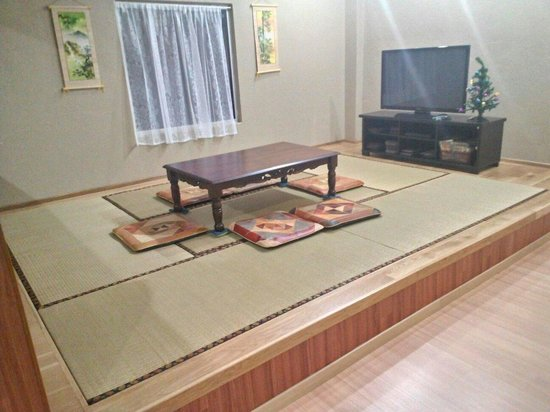 Ajit Guest House & Hotel : AJIT GUEST HOUSE &HOTEL a place where you can  relax  with morden Japanese Tatami siting  style