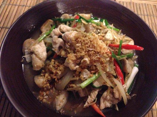 Lanna Restaurant: Chicken Ginger - 100 Baht