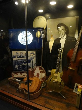 Sun Studio: on the tour