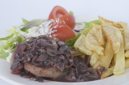 Buena Vista: pork loin with mushrooms sauce