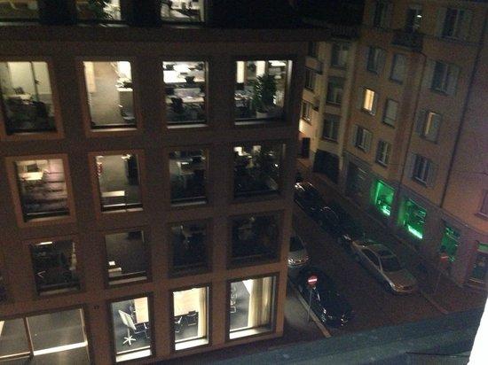 Alden Suite Hotel Splügenschloss Zurich: Вид из окна