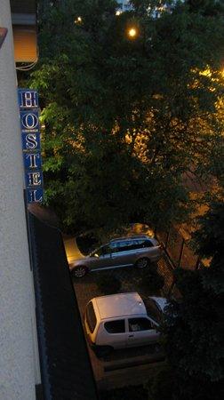Apart & Hostel Magnolia : Вид из комнаты