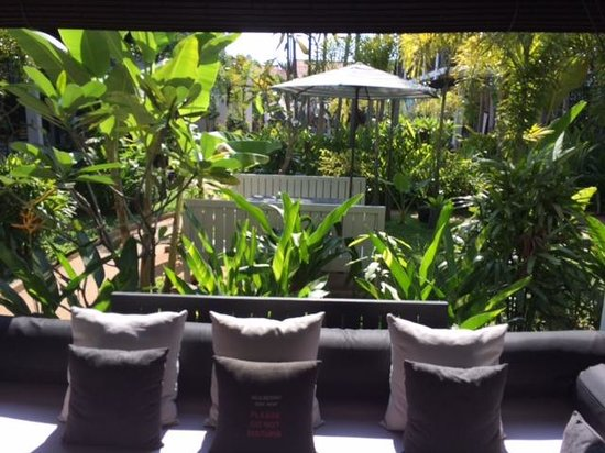 Mulberry Boutique Hotel : View from the lobby