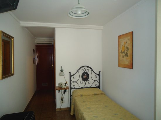 Victoria Hotel: detalhe do quarto