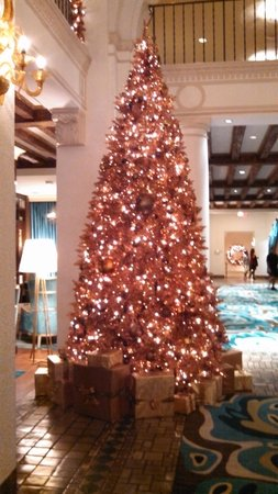 The Vinoy Renaissance St. Petersburg Resort & Golf Club: Vinoy's Christmas Tree