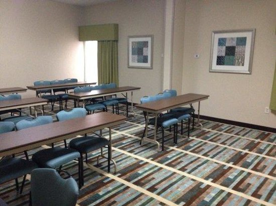 Hampton Inn Decatur: Meeting Room seats 20-25