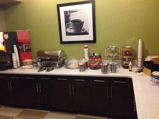 Hampton Inn Decatur : Breakfast