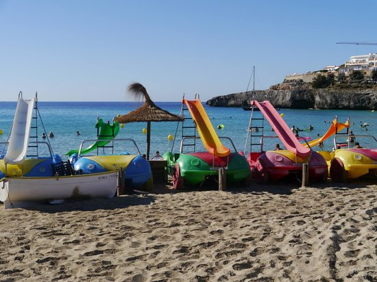 Club Cala Romani: Nearby beach about 10 minutes walk from the hotel