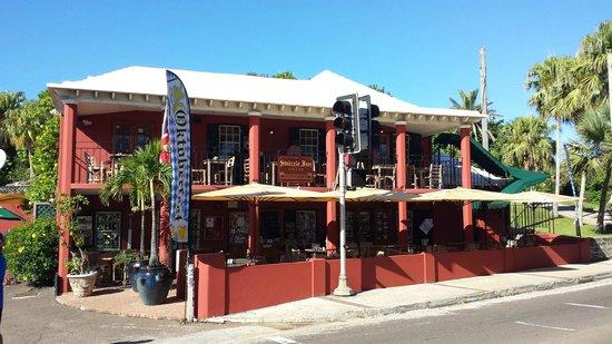Swizzle Inn: The outside