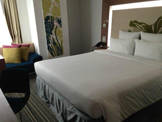 Novotel Saigon Centre Hotel: room